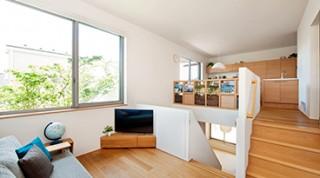 ヘーベルハウスの実例吹き抜けの中2階や屋上、多彩な空間が楽しめる