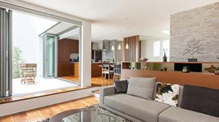 ヘーベルハウスの実例自然との一体感を楽しむ天然素材を活かした家