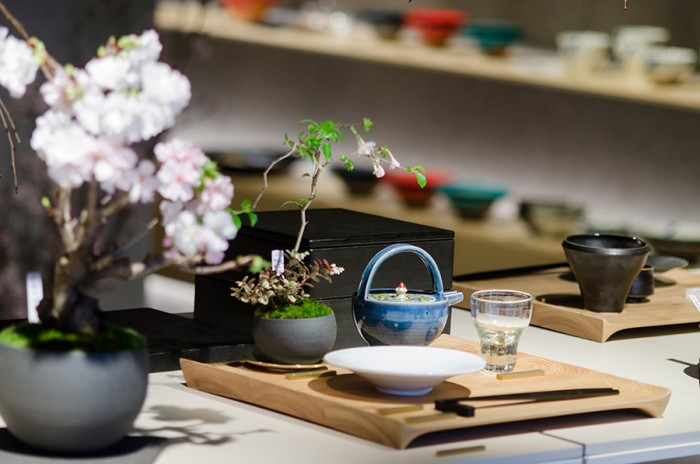 「桜の景色盆栽を愛でながらお酒の時間を楽しむ」といったワークショップなどを開催したばかりだそう。季節感が感じられる催しが多いのも特徴だ。