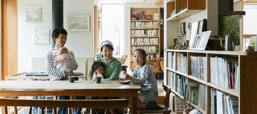 好きなものを自由にちりばめて本とアートと珈琲と家族家の中の時間を楽しむ