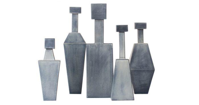 左からフラワーベースW100 D100 H300¥97,300W110 D110 H450¥106,800W130 D130 H460¥97,300W100 D100 H350¥97,300W130 D130 H370¥106,800以上ceramiche milesi(MOODA SOAME)