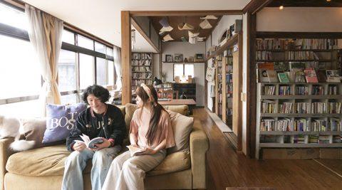 本との暮らしを楽しむ本で表現する物語のある空間