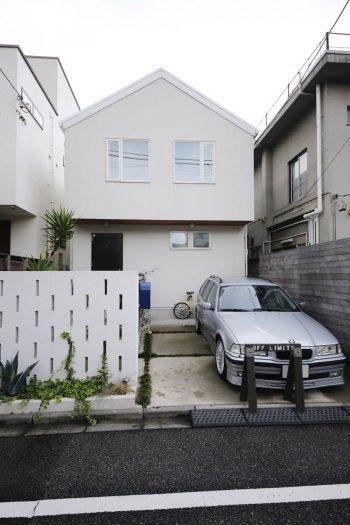 形にこだわって選択した切妻屋根の家。
