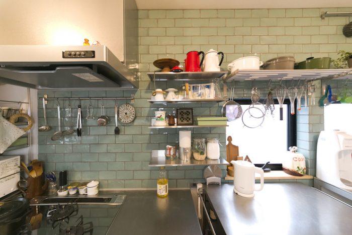 お料理用、お菓子用のツールをたくさん揃える。炭酸水メーカーも愛用。