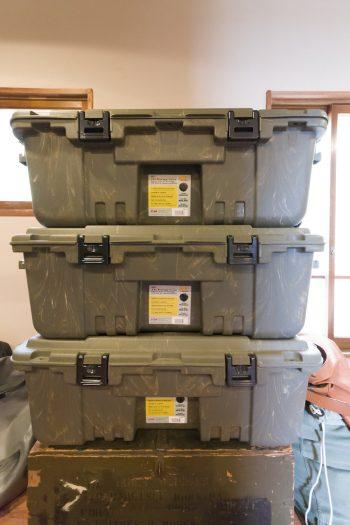 タックルボックスで有名な工具箱メーカー、PLANOのケースをストレージボックスに。「横浜の釣具店で購入しました」