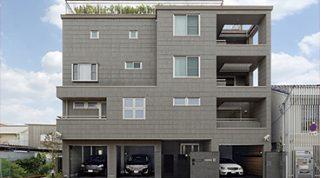 ヘーベルハウスの実例ガレージ、書斎、屋上庭園趣味と2世帯の暮らしを両立