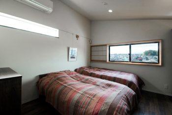 天気のいい日には2階の寝室からも富士山がよく見える。