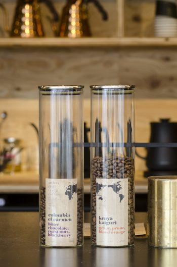 撮影当日はコロンビアとケニアの豆2種類ラインナップ。