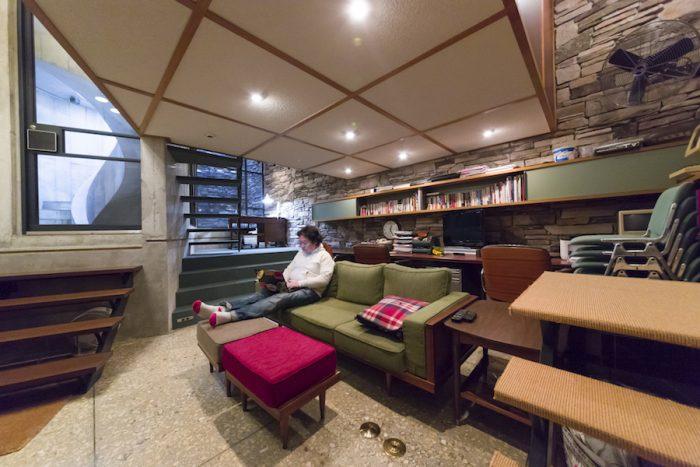 「テンションのあがるものを集めたらこうなった」という田中さん。家具はHOUSE TRADのオリジナルなど。