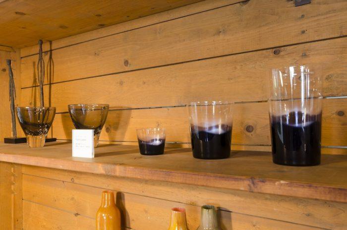 touch classicsのグラスは3サイズ展開。「伝統的なものに触れて欲しい」との意味が込められている。