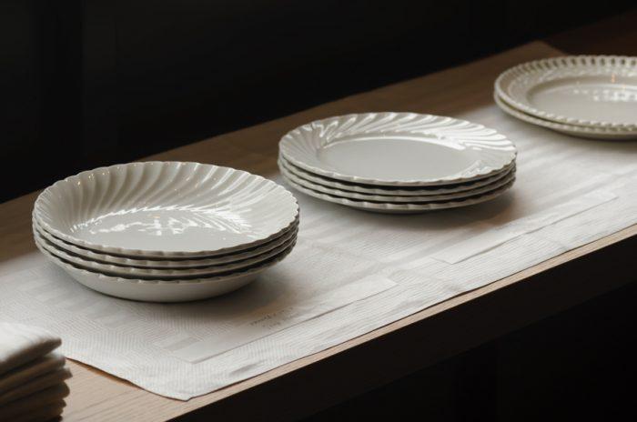 DIGOINやoctogonaleなどフランスの有名テーブルウェアメーカーのものも。