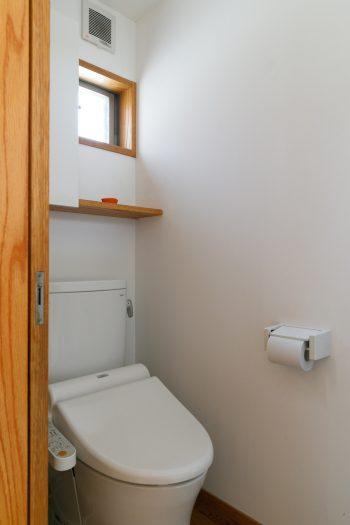 使い勝手のよい、シンプルでコンパクトなトイレ。