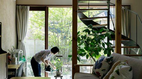 内と外をつなぐ楽しみと心地よさが生まれる土間のある家
