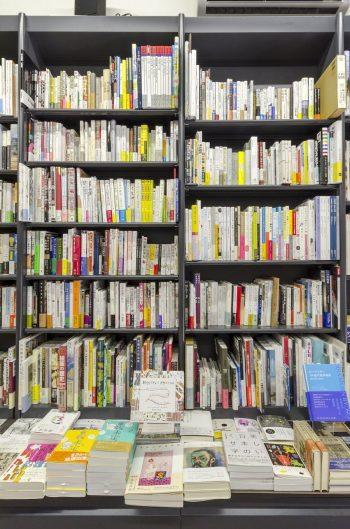 本にポップはつけないのが辻山さんのこだわり。