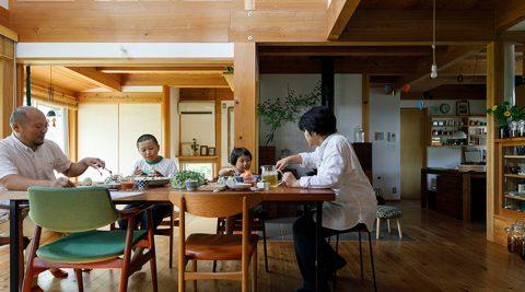 いい塩梅の家づくり田の字型のシンプルな間取りが日々の暮らしを支える住まい