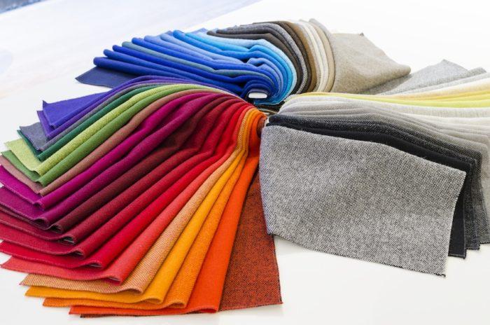 ブランド創業のきっかけとなった「ハリンドル」。ナナ・ディッツェルによってデザインされたもので、全58色を展開している。