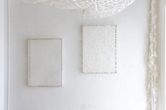 森田さんの作品はまるでレースのような清らかさと静謐さが印象的。