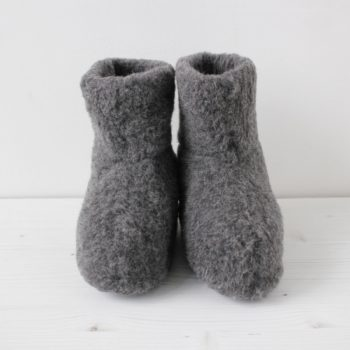 WOOL BOOTIE (GRAPHITE) ¥6,000 The Tastemakers & Co.