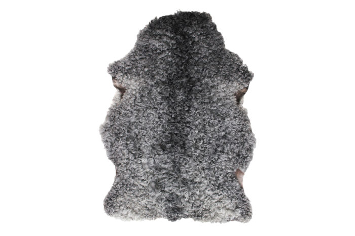 GOTLAND SHEEPSKIN RUG(B)W780 H1050 D30mm ¥75,000 The Tastemakers & Co.