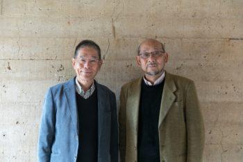 中島健一郎さん(左)と、建築家の薩田英男さん。