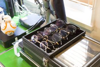 ご主人のメガネコレクション。