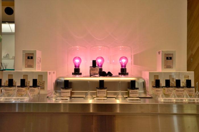 ミュージシャンと建築家のコンビによって生まれた「D.S. & DURGGA」。伝統的な香料を用いながら、現代の生活空間にフィットするハイセンスな香り。