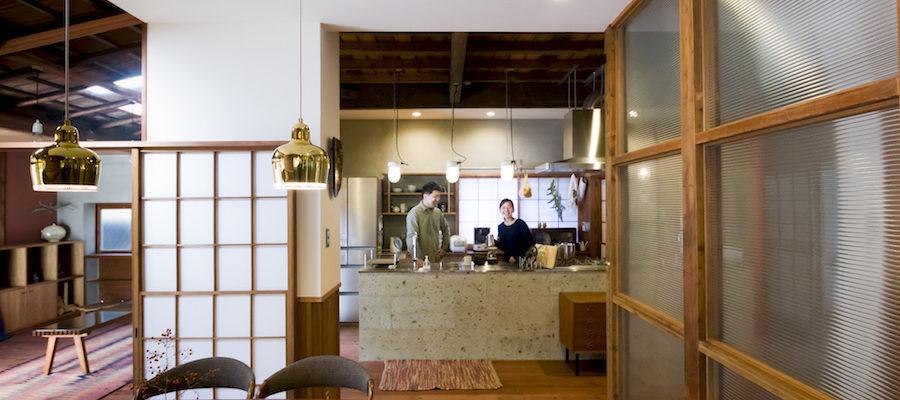 人生を変えた古民家再生新旧が調和する開放的な空間住まいの一室を保育室に