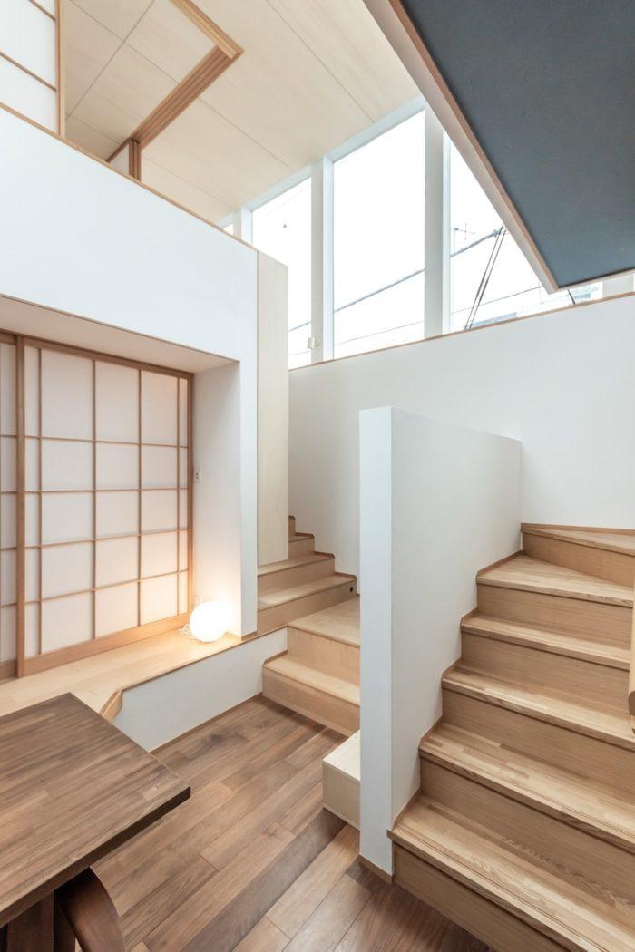 変化があり、また多様性の感じられる尾崎邸の2階スペース。