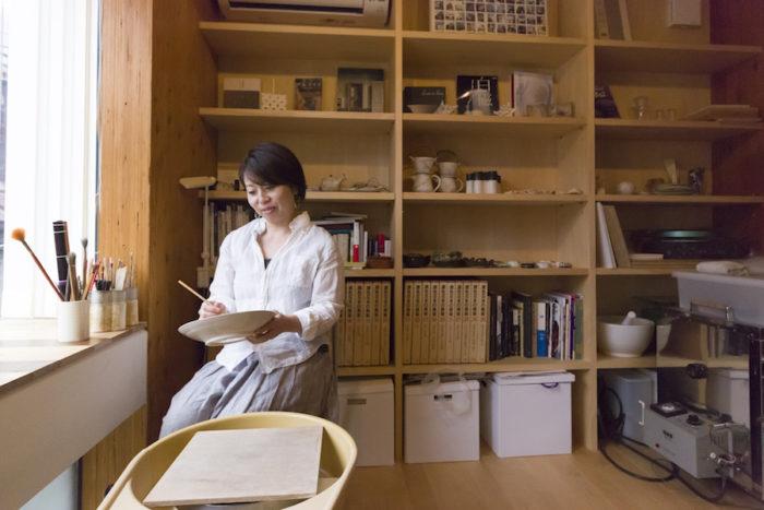 陶芸家・中村直子さん。自由が丘で陶芸教室つぼみも開講。