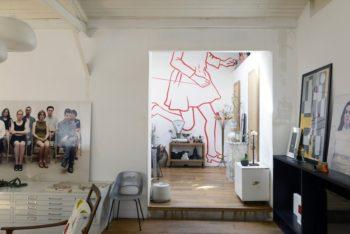 アーティストのフランソワーズ・ペトロヴィッチによるウオールアートが映える。