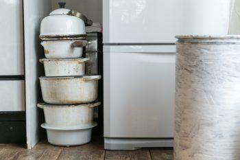 ル・クルーゼの琺瑯鍋。かつてNY出張の際にアウトレットで購入したものだという。今はストウブの鍋を使うことが多い。