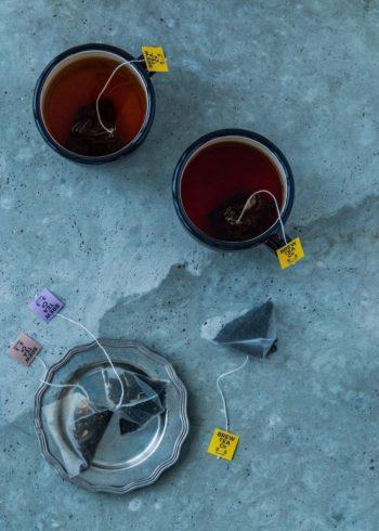 1杯(240 – 300ml )の紅茶を美味しく味わうために、アイテムごとにちょうど良い量の茶葉を各ティーバッグにおさめている。