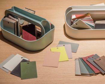 家具の色や素材の見本も充実。