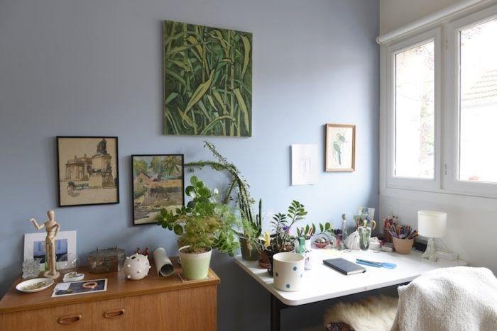 長女の部屋。両親に似て緑が大好き! 長女は彼氏とパリで暮らし始めた今も、週に1度は広くて快適なこの家に帰ってくる。