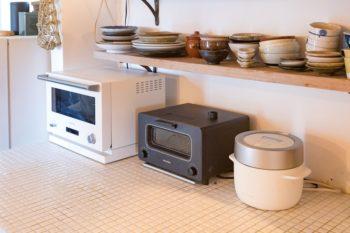 安田さんは「BALMUDA」勤務のデザイナー。自宅でも製品を使用している。