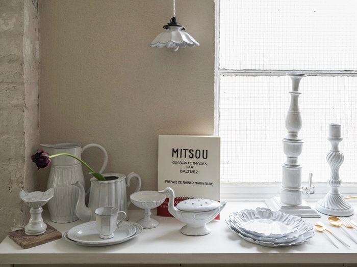 アスティエ・ド・ヴィラットの白い陶器。