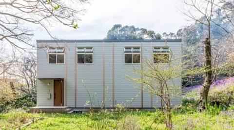 鎌倉に移ってつくった終の住処築90年超の家と調和する家を建てる