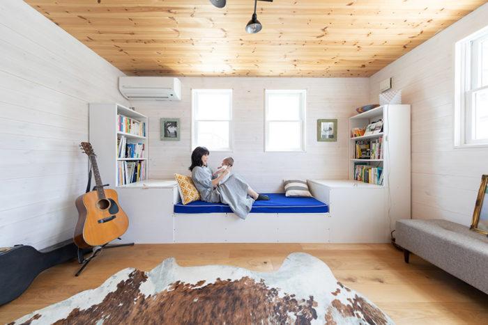 2階にあるオープンなセカンドリビングは、ゲストルームにも活用。いずれは仕切って子供部屋にすることもできる。