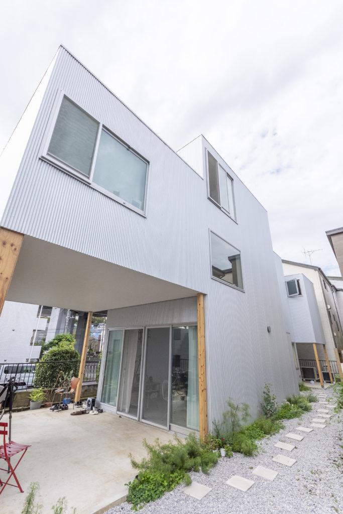 賃貸スペースを2つ併設した笹沼邸。北澤さんは「距離感がそれなりにありがながら関係性をうまくつくれる」ような構成を考えたという。