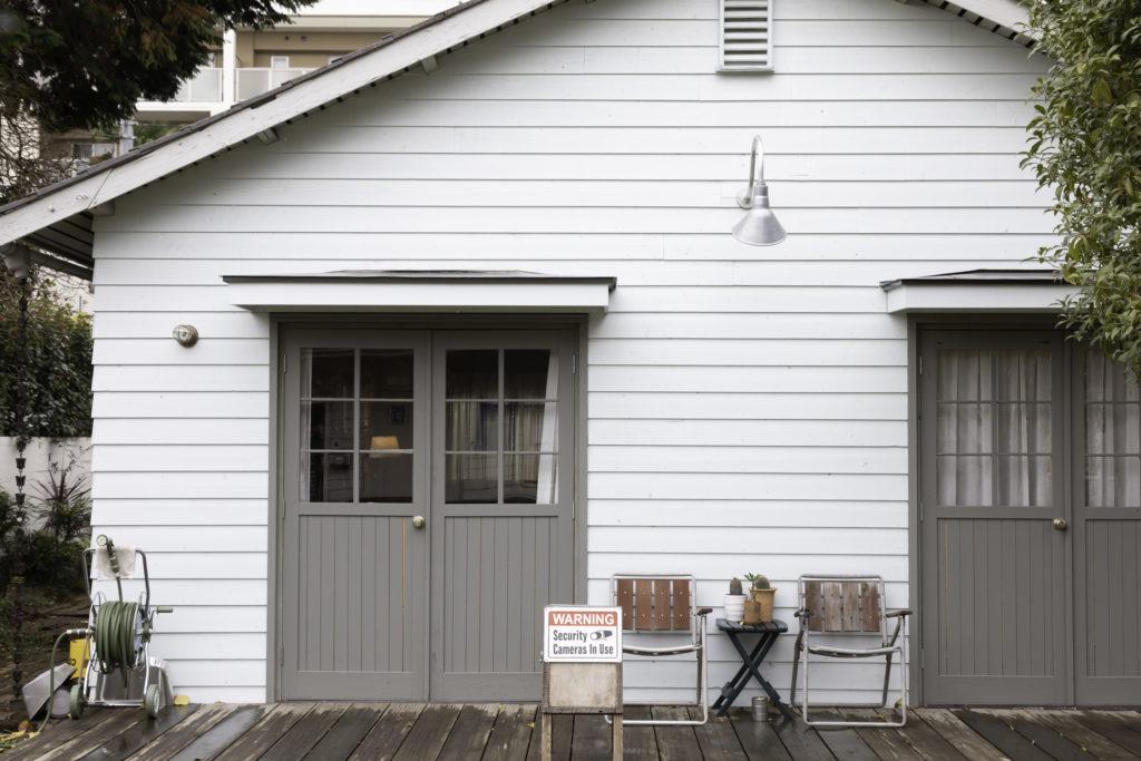 「アメリカ西北部、ポートランドをイメージしてスタジオを作りました」