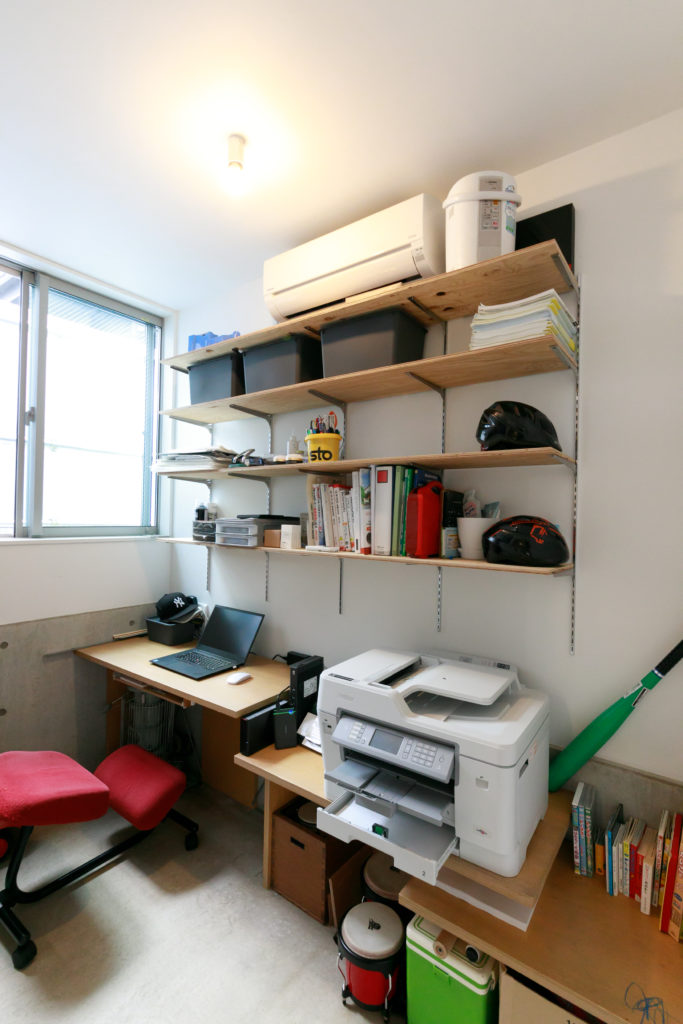1階には豊さんの仕事部屋も。