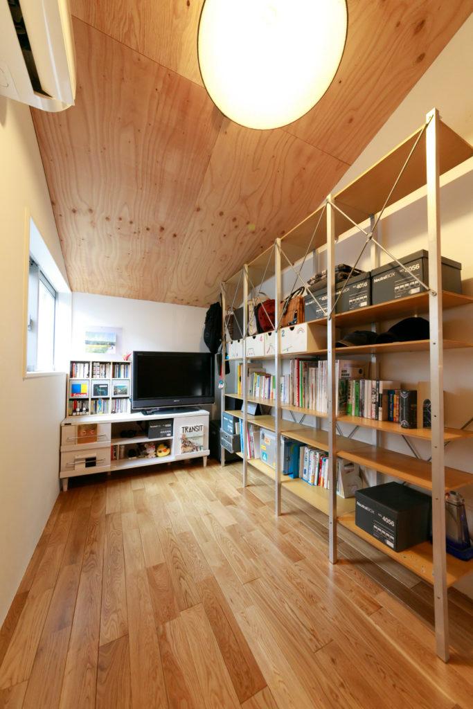 主に葉月さんが使っている部屋。将来は子ども部屋にすることも可能。