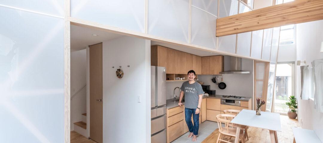 葉山に移り住み、人生が変わった―― ストーリーの詰まった「ふつうではない家」