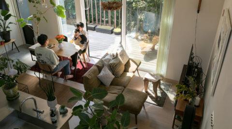 借景が家探しの条件 家の外も中でもたっぷりの緑を楽しむ
