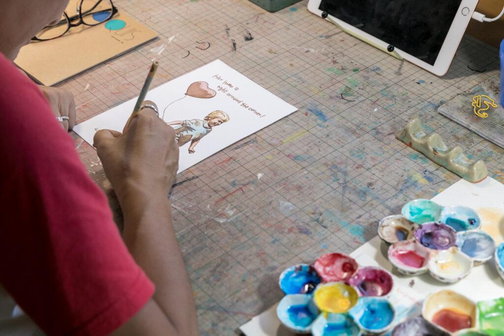 透明水彩の絵具には白がない。そのため白で表現する所は、何も塗らず画材の色を活かす。